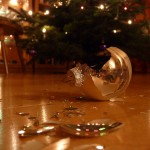 broken_christmas_ball_by_heart_drops